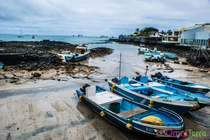 galapagos-santa-cruz-port