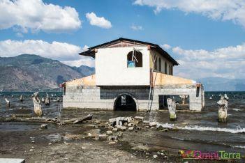 Guatemala - Atitlan - San Pedro- maisons abandonnées
