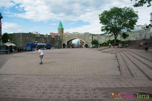 Quebec - Porte Saint Jean