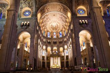 Sainte-Anne de Beaupré - Basilique interieur