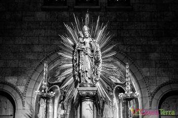 https://www.omniterra.info/wp-content/uploads/2017/08/Sainte-Anne-de-Beaupré-Basilique-statue.jpg