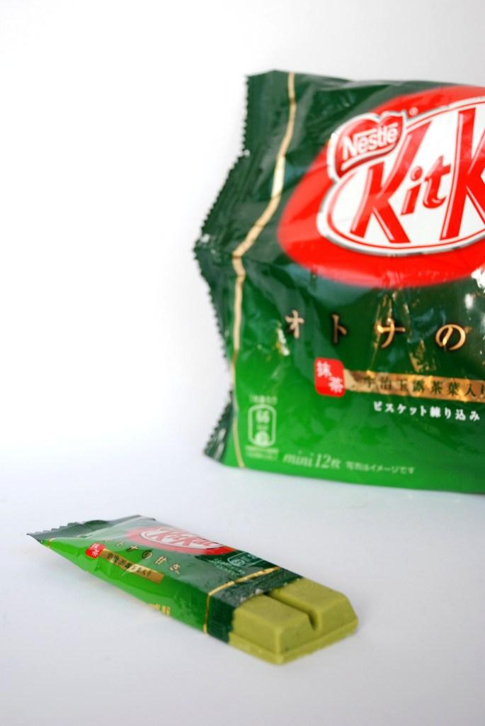Om Nom Nomad - Green Tea Matcha Kit Kat