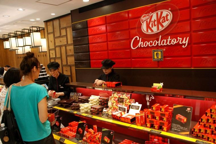 Om Nom Nomad - Kit Kat Chocolatory
