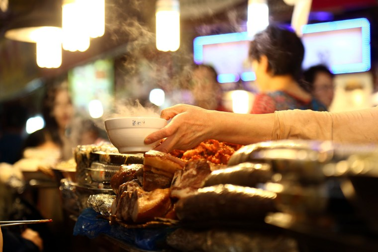 Om Nom Nomad - Seoul's Street Food Guide