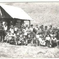 Susține construcția primului refugiu școală pe munte din România.