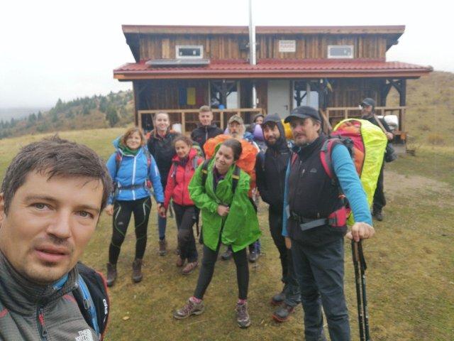 Voluntari la Refugiul Florei