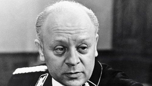 Леонид Броневой умер в больнице на 89-м году жизни. Прощание с актером пройдет в понедельник в Ленкоме где он работал