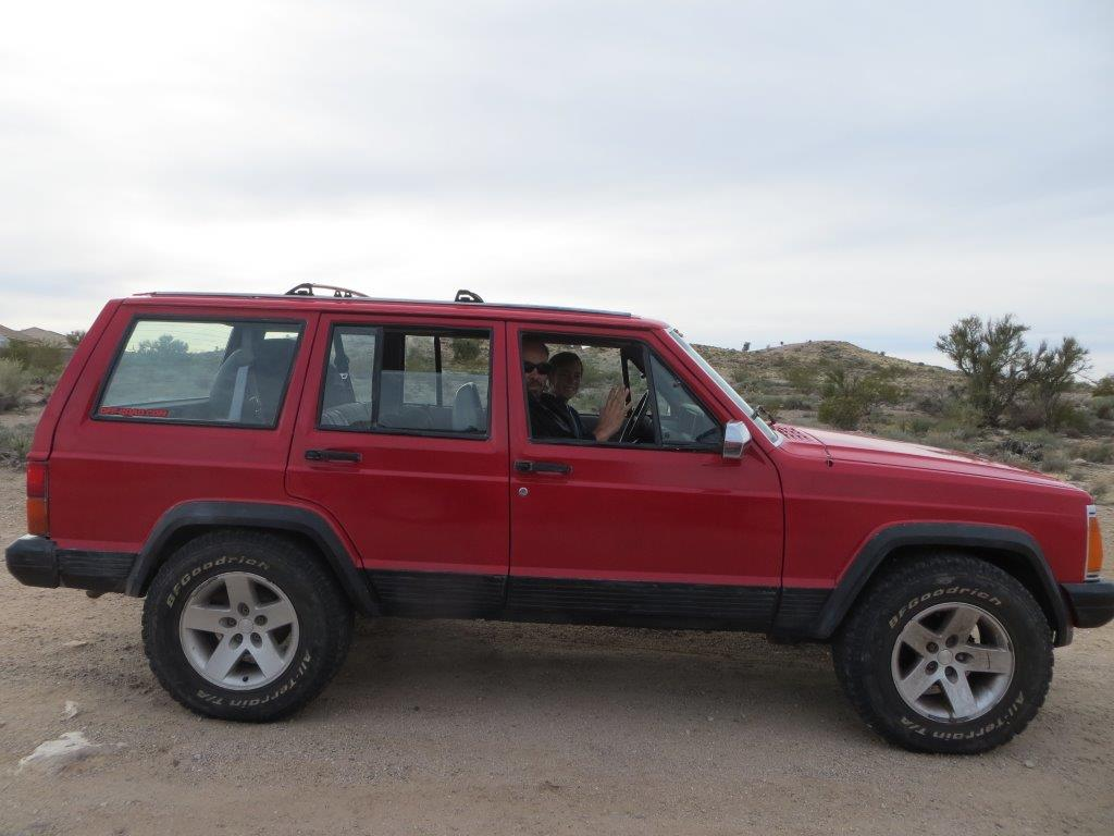 hight resolution of although this isn t stock height some previous owner had installed a cheap 2 inch lift at some time in the xj s 25 year history the rubicon wheels and tires