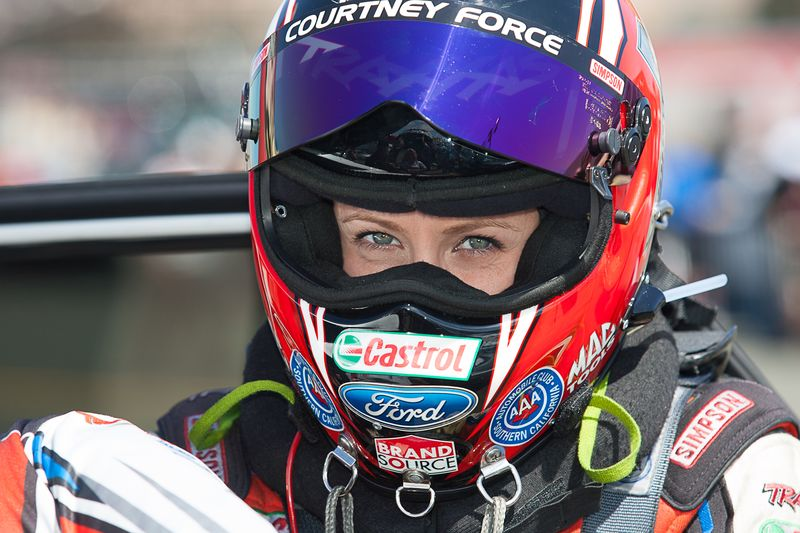 Wallpaper Racing Girl Racing Helmets 101 How To Choose The Right Racing Helmet