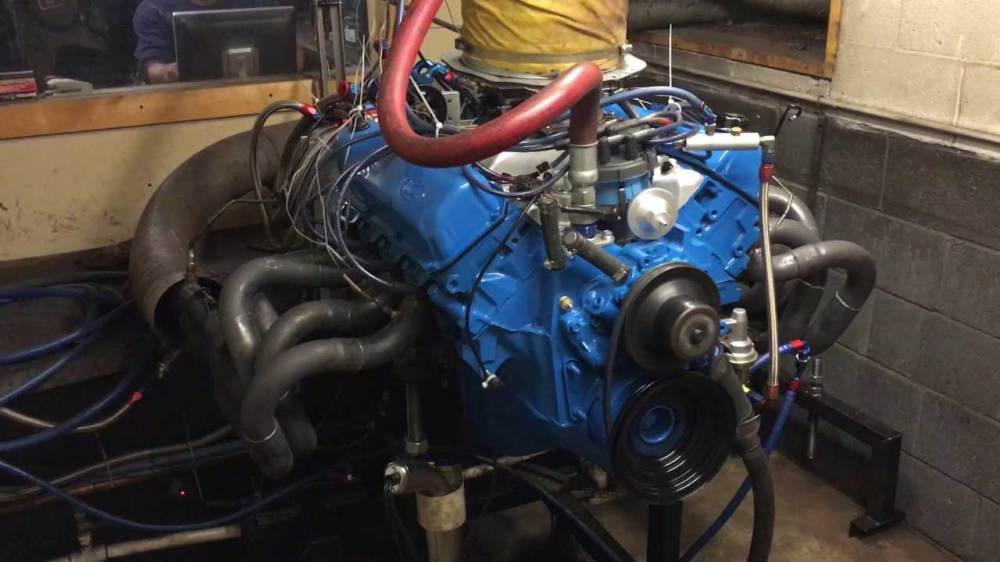 medium resolution of 351m engine on dyno