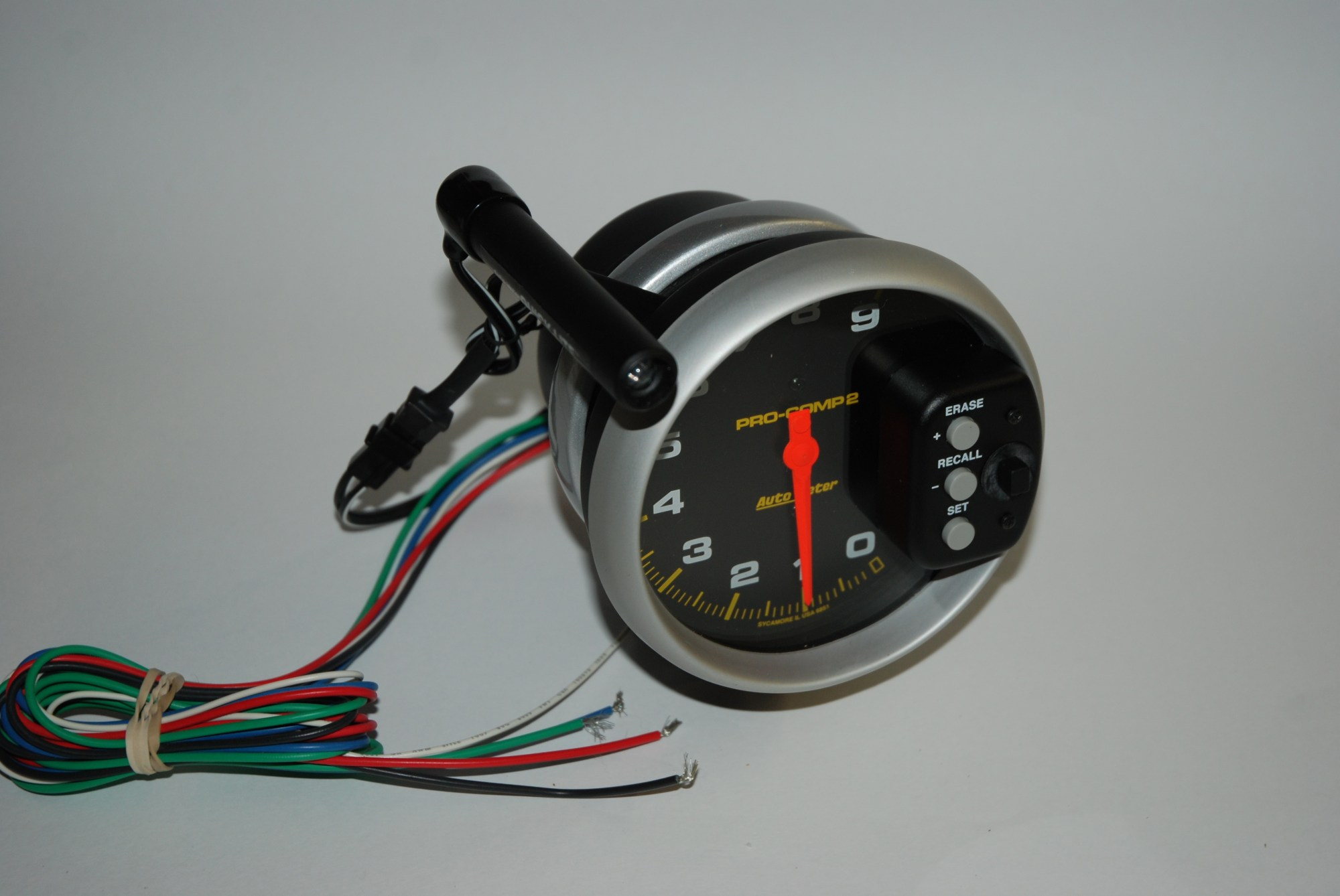hight resolution of the actual shift light can be positioned just about anywhere on the tach face for most applications auto meter suggests that you place it at roughly the