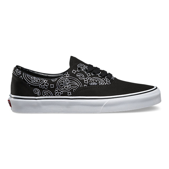 scarpe vans nere con fiori