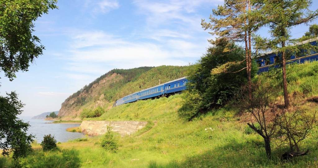 Golden Eagle train on the Trans-siberian