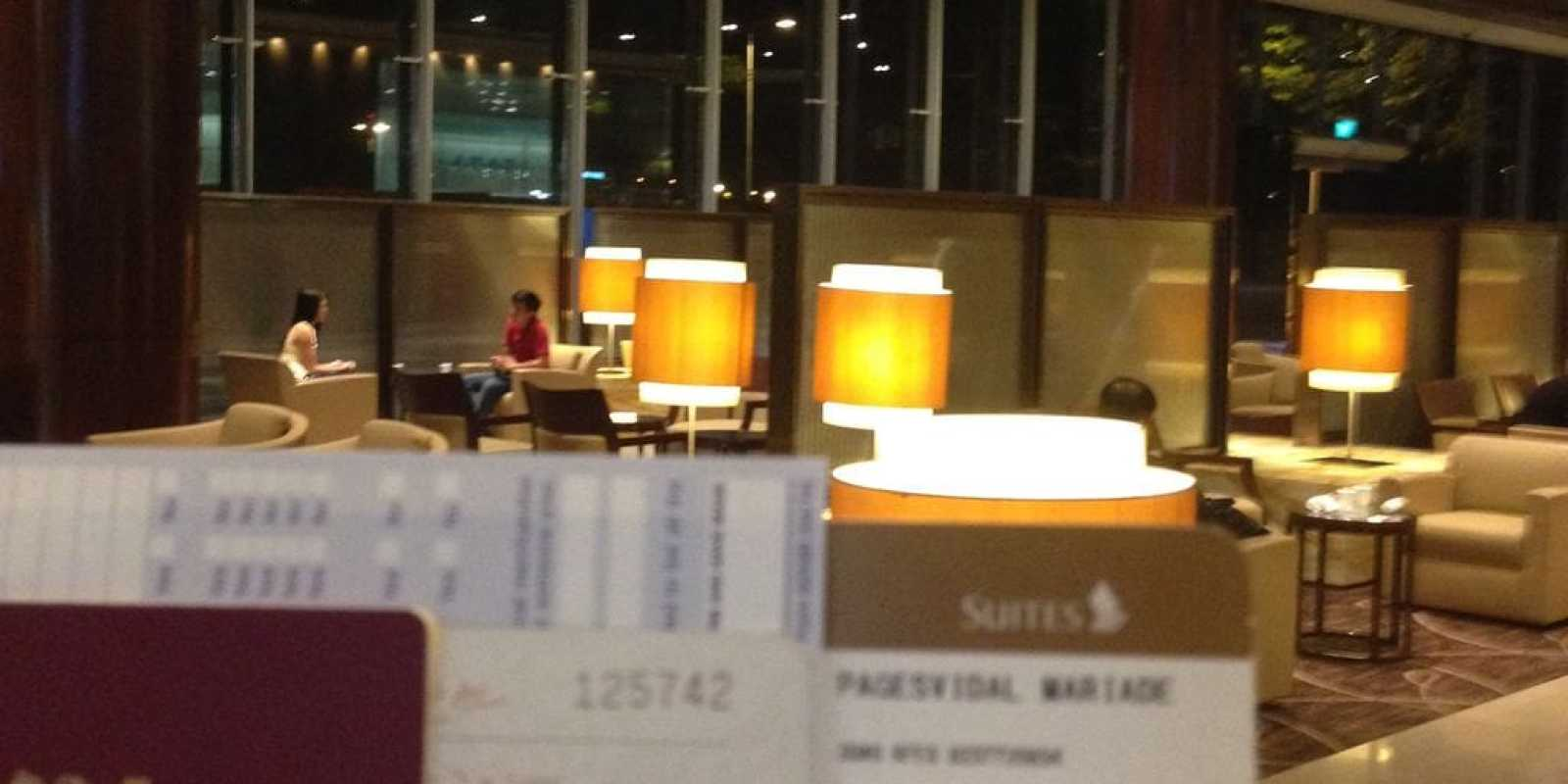 Suites check-in lounge