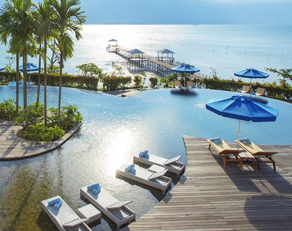 5 luxury beach resorts near singapore just a ferry ride away for The best beach vacations