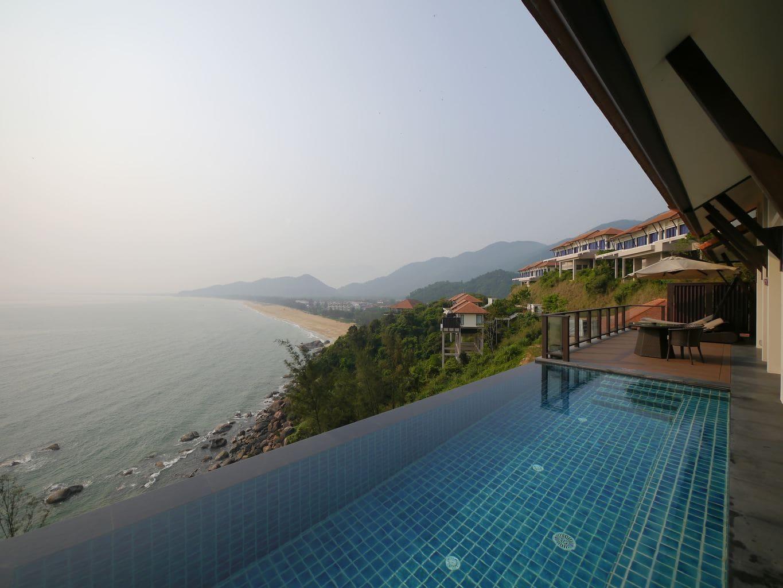 banyan tree lang co hilltop villas