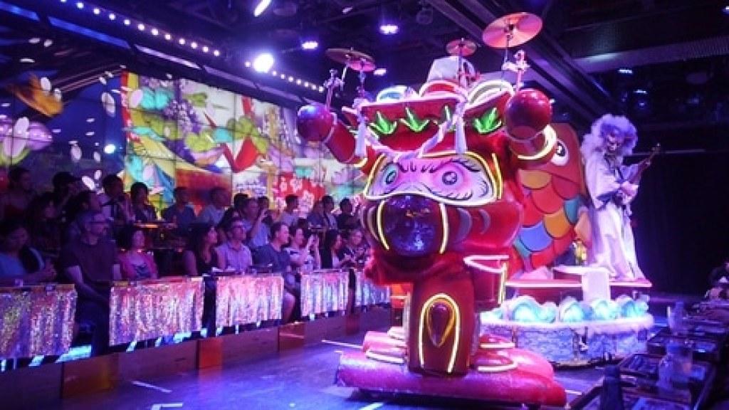 Best of Tokyo, Robot Cafe