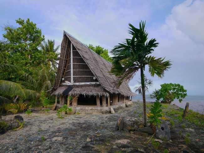 """Men's House in Yap"""