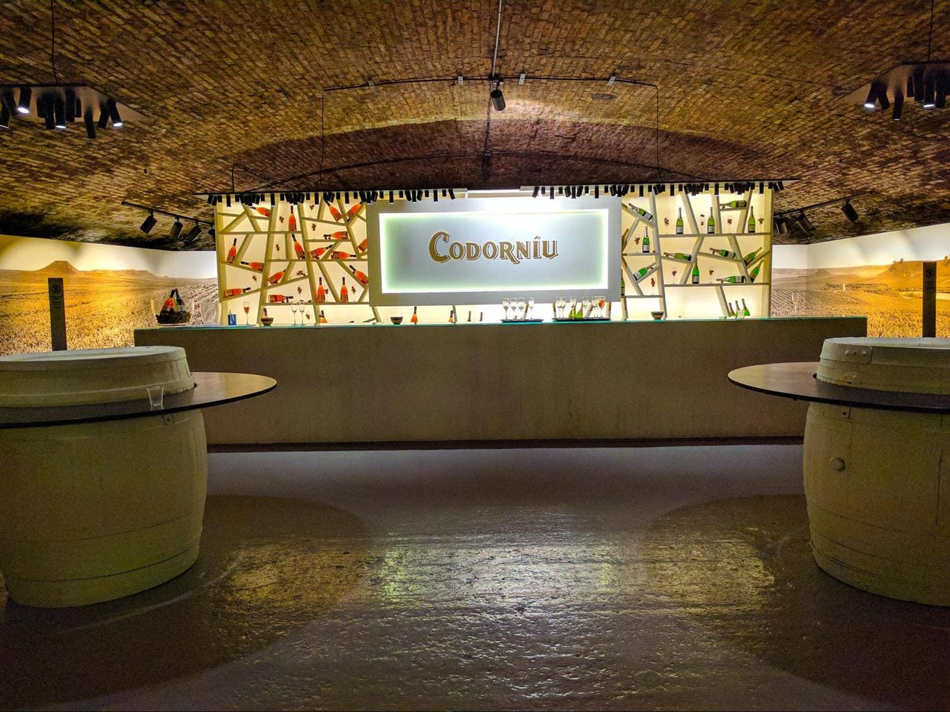 Codorniu's bar