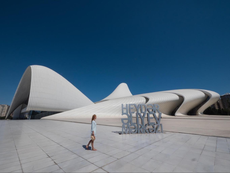 Heydar Aliyev Center grandeur