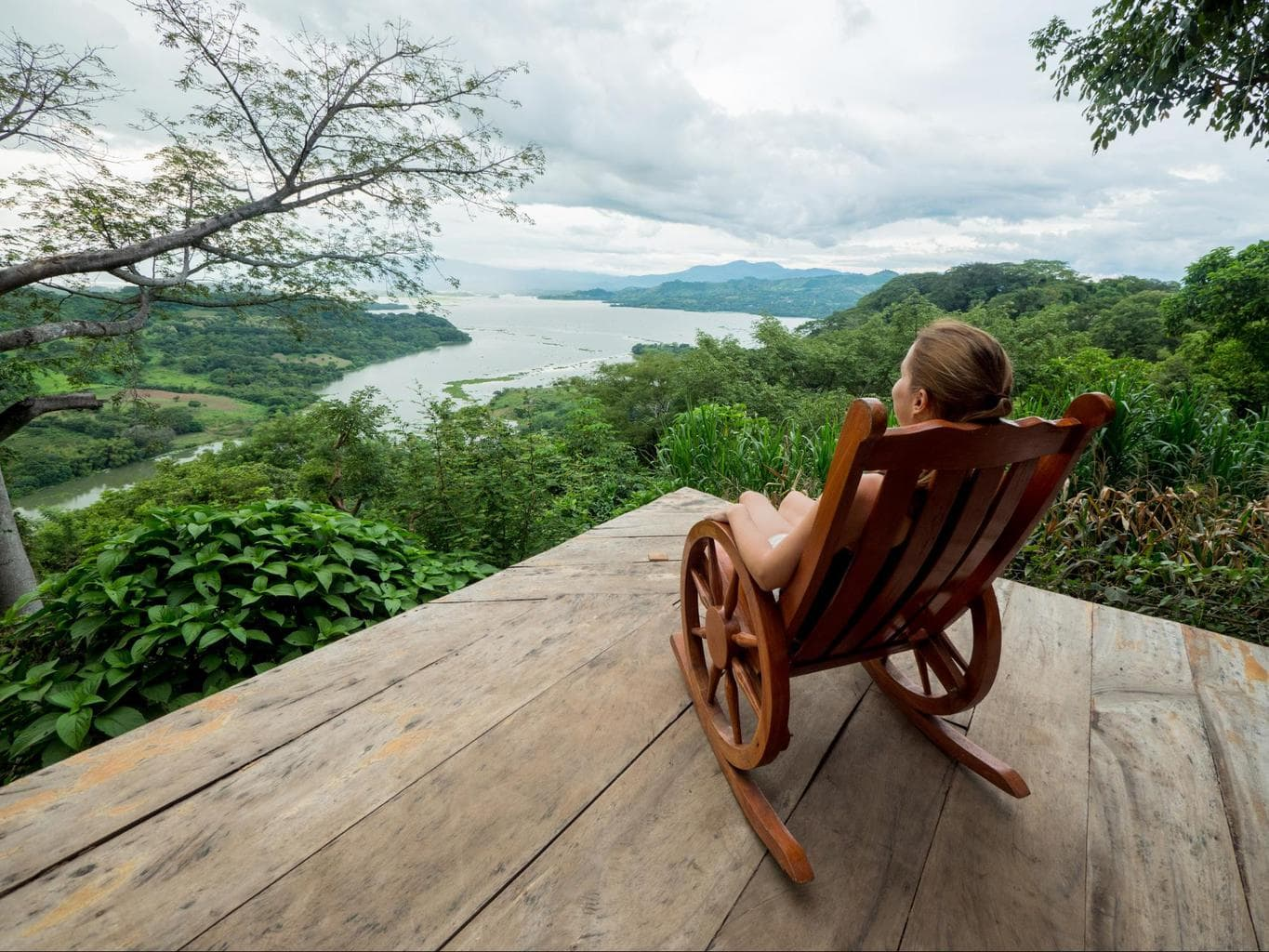Rocking chair view of Suchitoto lake