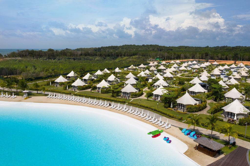 The Canopi Resort