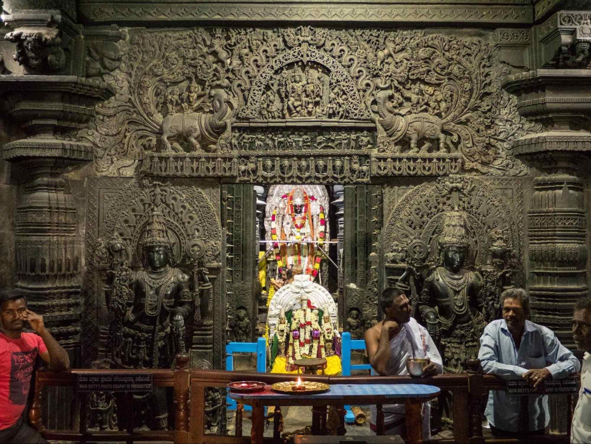 Belur Chennakeshava Temple Sanctum