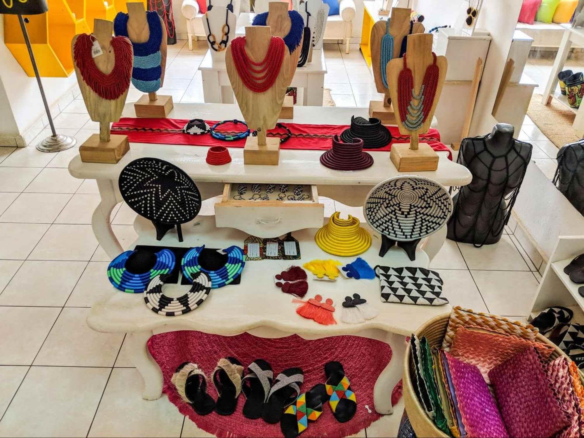 Jewelry at Inzuki