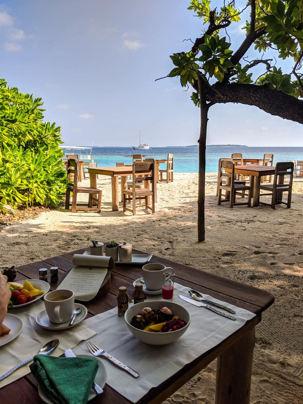 Barefoot dining at Soneva Fushi copy