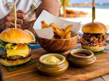 Burger at Mura
