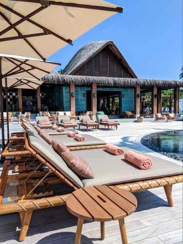 Mura Bar sunbeds at Joali Maldives