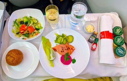New Ethiopian Airlines Boeing 787 food 02
