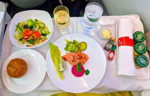 New Ethiopian Airlines Boeing 787 food 02