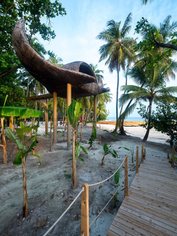 Porky Hefer manta for Joali Maldives