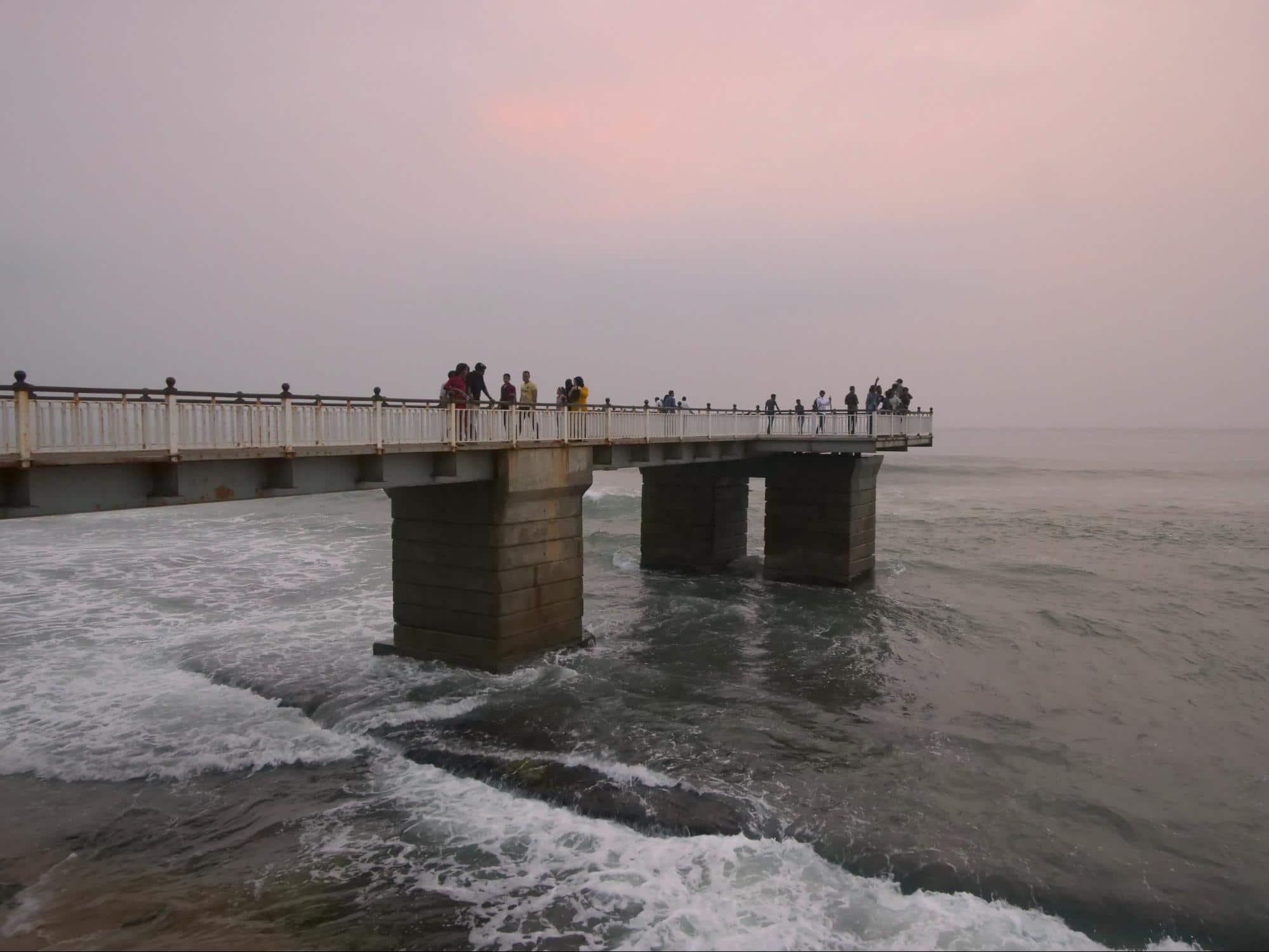 Galle Face Green bridge