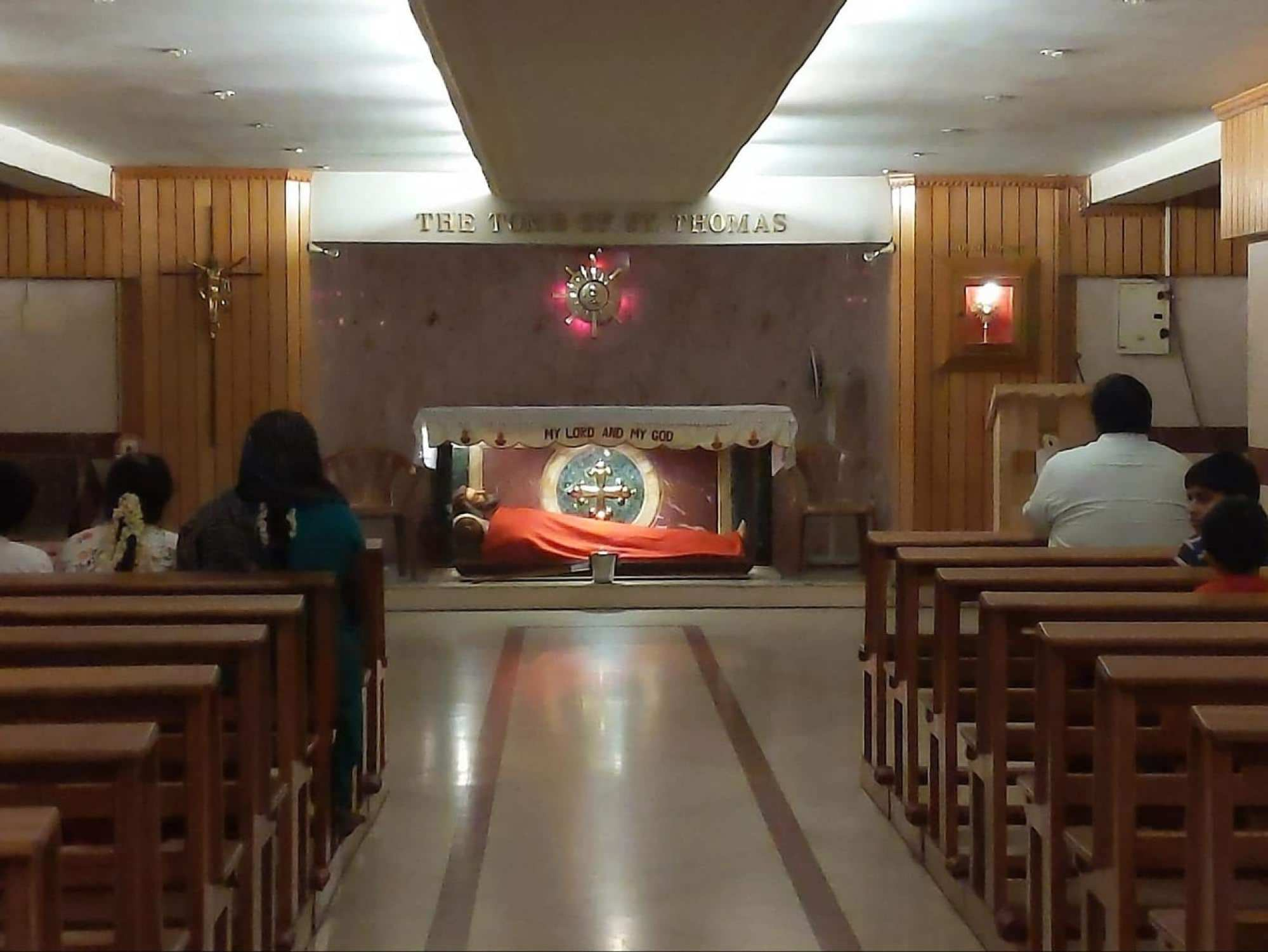 Santhome Cathedral interior