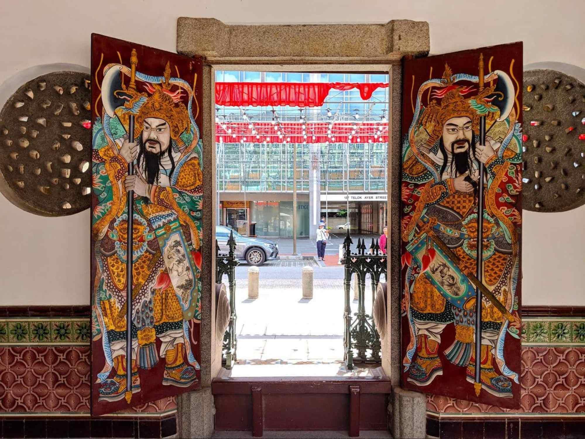 Thian Hock Keng doors