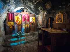 Dajbabe Monastery interior