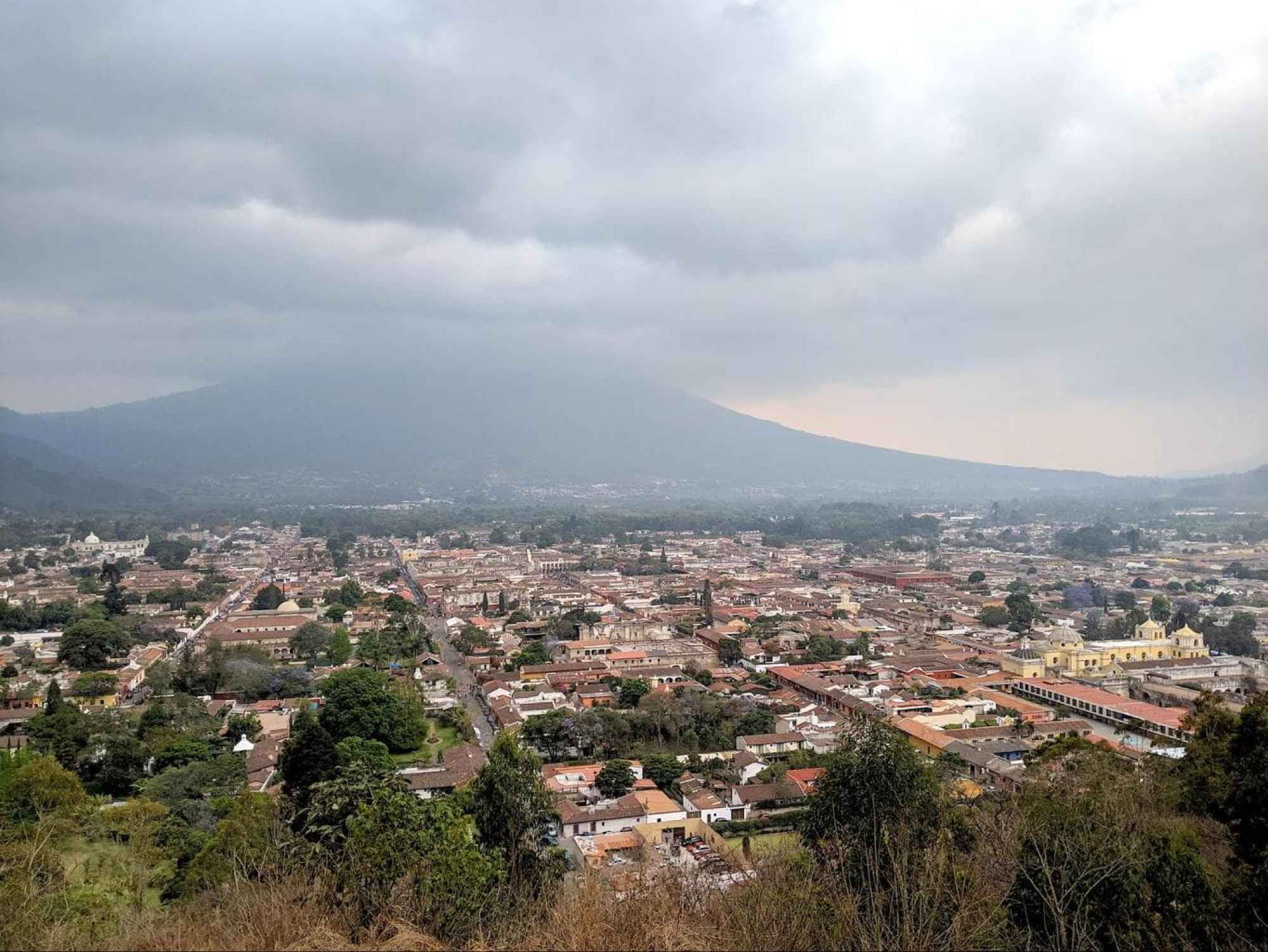 Santiago de Guatemala was located in a valley