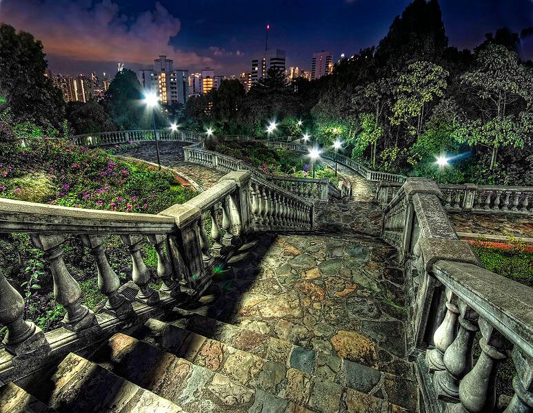 Telok Blangah Hill Park at night