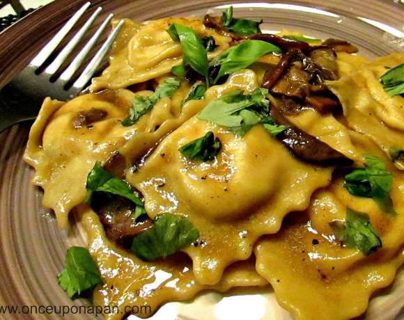 Ricotta ravioli with mushroom sauce