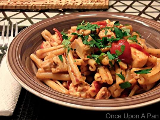 Pasta with swordfish and cherry tomatoes sauce