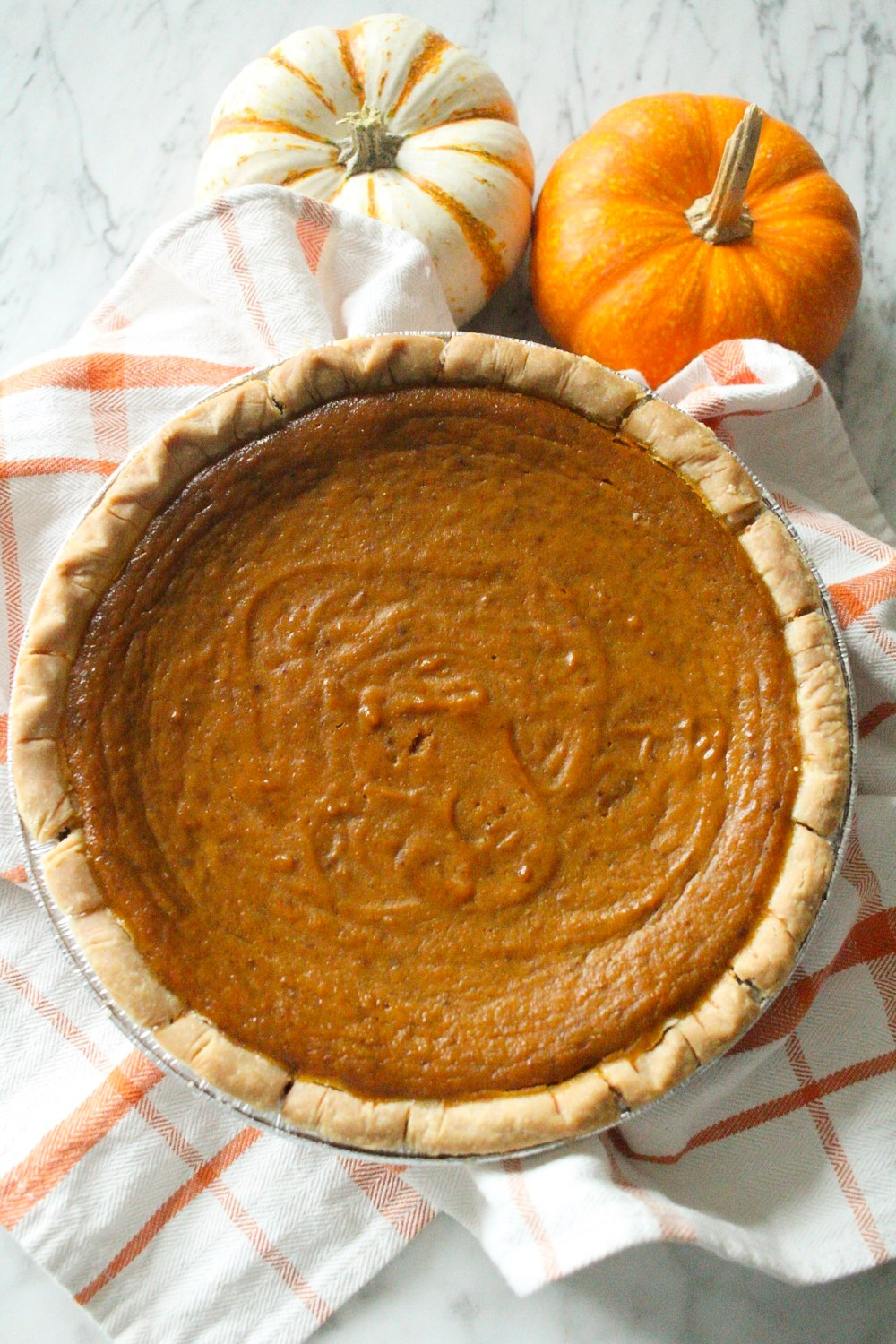 easy pumpkin pie made with coconut milk