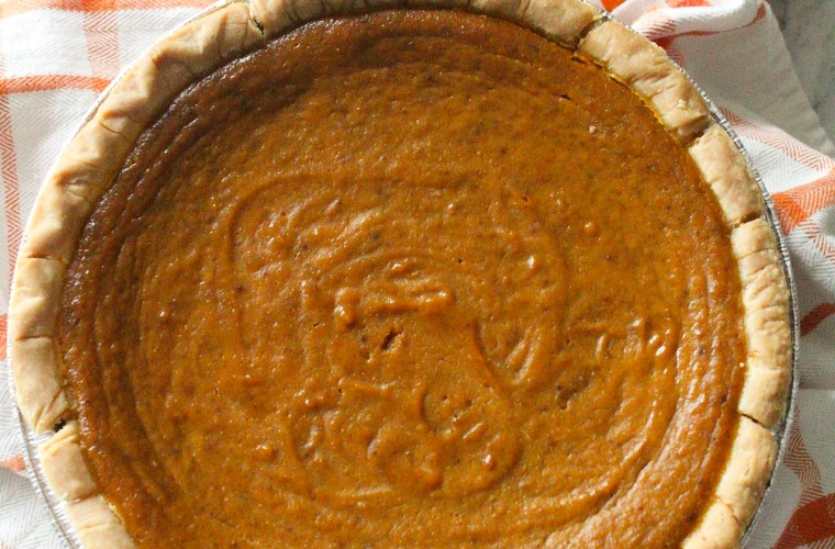 Easy Pumpkin Pie (made with coconut milk)