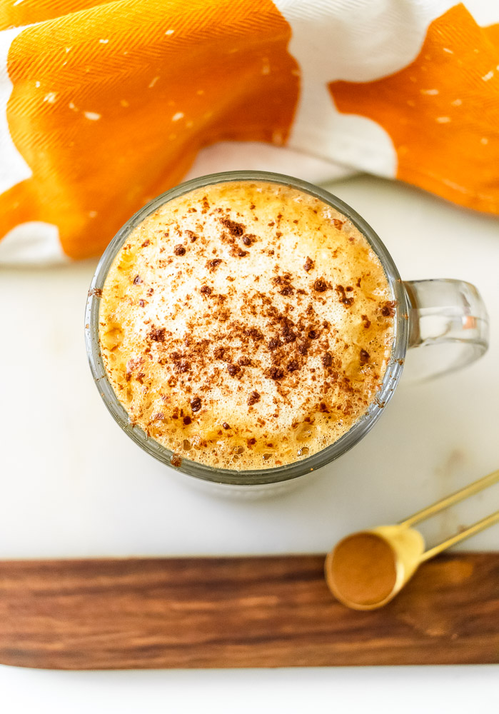 vegan pumpkin spice latte with oat milk
