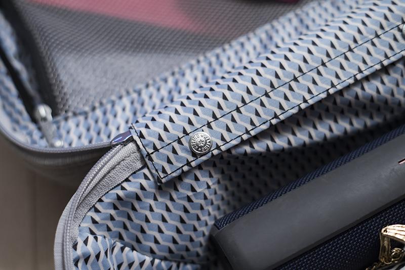 Kipling super hybrid S suitcase