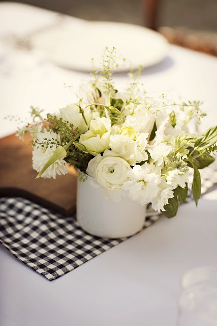 smallwhiteweddingreceptioncenterpieces  Once Wed