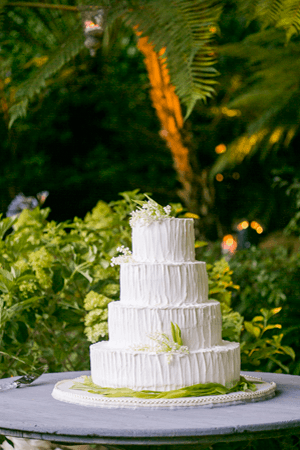lilyofthevalleyweddingcakeideas  Once Wed