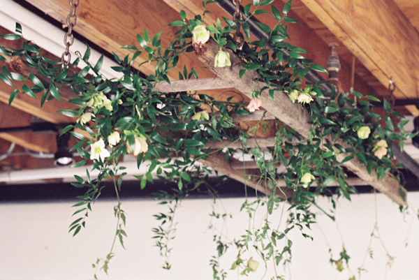 DIY Spring Wedding Garland DIY Weddings