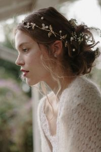 Romantic Bridal Hair Piece Trends